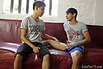 006Two_horny_gay_boys1.jpg